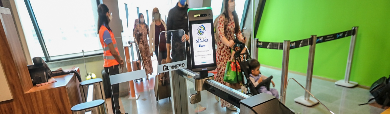 Aeroporto de Salvador estreia tecnologia de reconhecimento facial